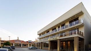 Отель Coral Family Hotel