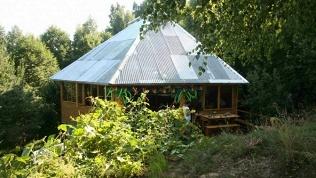 База «Горы-море House»