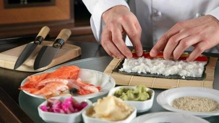 Посещение мастер-класса вшколе «Суши повар»