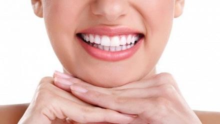 Чистка, лечение иреставрация зубов вклинике «Зубновъ» фото