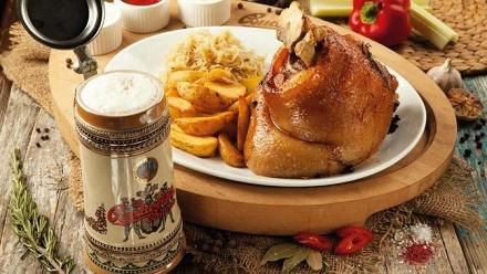 Блюда инапитки вресторане Budweiser Budvar заполцены