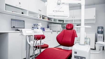 Лечение зубов встоматологии «Доктор Литвин» фото