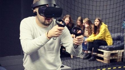 Игра вшлеме Oculus Rift S вклубе OMG VRClub