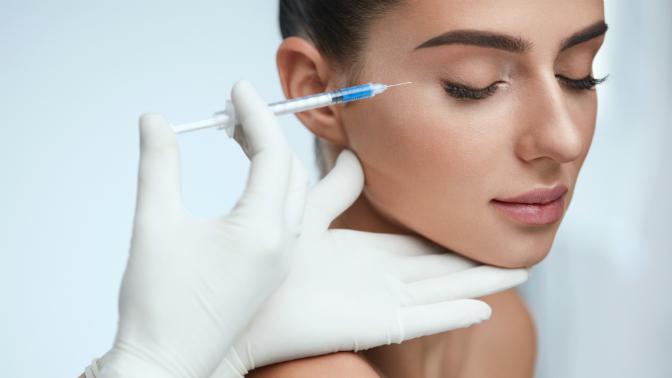 Лечение угревой сыпи, УЗ-чистка лица скриотерапией или без, озонотерапия, RF-лифтинг, плазмотерапия вмедицинском центре Ozon-Life