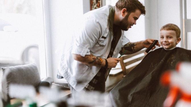 Мужская или детская стрижка, моделирование бороды, комплекс «Отец исын» отбарбершопа Good Times