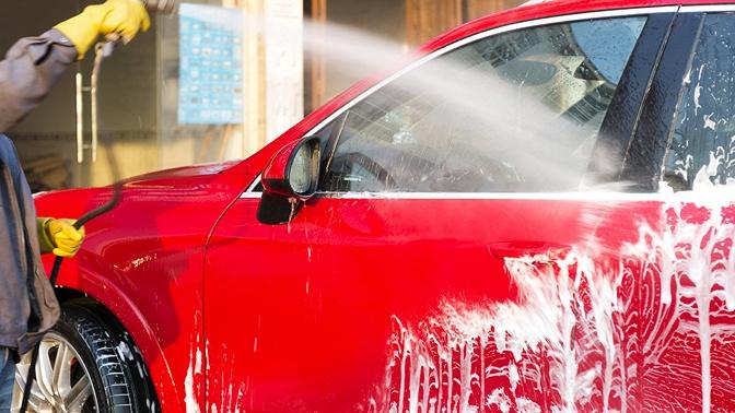 Мойка, химчистка салона или предпродажная подготовка автомобиля втехцентре «Феникс»