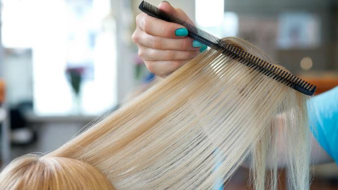 Мужская или женская стрижка, окрашивание волос, создание прикорневого объема, карвинг, уход заволосами всалоне «Сияние»