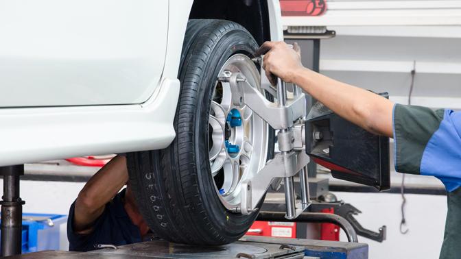 Регулировка развала-схождения или компьютерная диагностика автомобиля отавтосервиса «Партнер-Сервис»