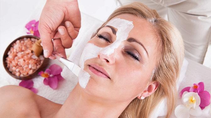 Миндальный или энзимный пилинг, микродермабразия, ультразвуковая чистка лица, RF-лифтинг лица ишеи вкосметологическом кабинете Nude Room