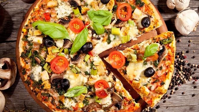Сет изпицц отслужбы доставки «Мамма Пицца»