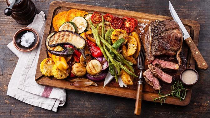 Фуршетный сет «Мясо нагриле отшеф-повара» отслужбы доставки «Мерилин»