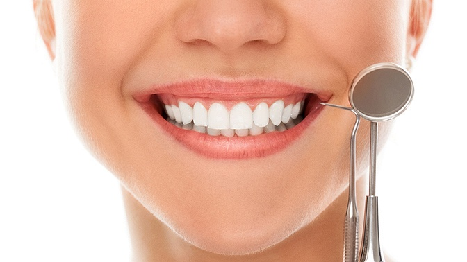 Лечение кариеса одного зуба встоматологической клинике «Династия» (880руб. вместо 2000руб.)