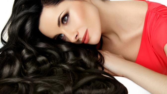 Групповой или индивидуальный обучающий курс «Ботокс для волос», «Кератиновое выпрямление волос», «Холодное восстановление волос» отKeratin &Botox Club