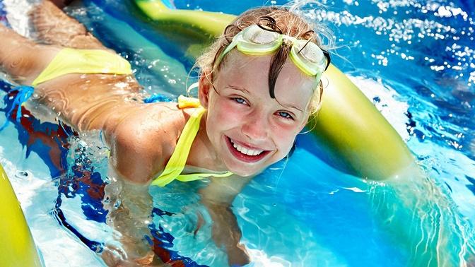 Безлимитное посещение аквапарка Mountain Beach для взрослого или ребенка вТРЦ «Горки Город»