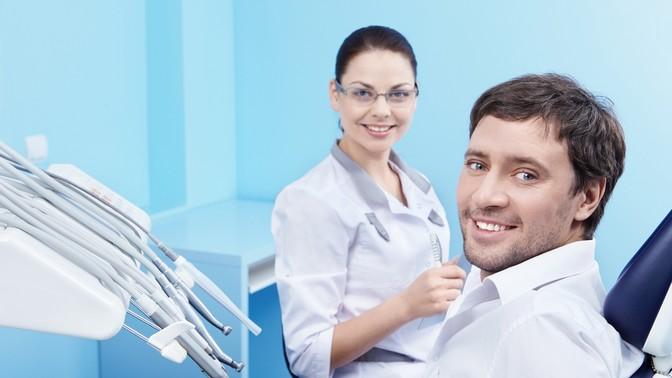 Ультразвуковая чистка зубов встоматологии «Эсте Дент»
