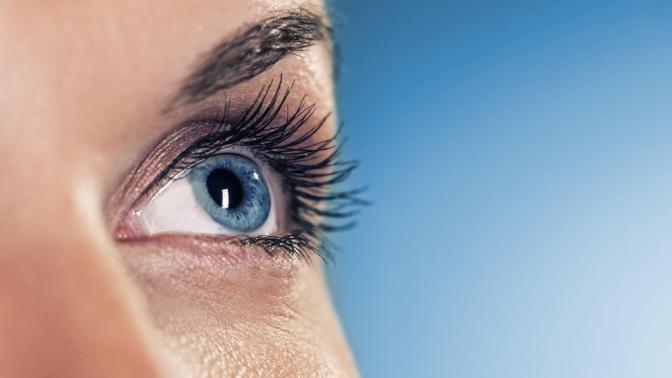 Лазерная коррекция зрения двух глаз потехнологии SuperLasik вмедицинском центре «Офтальмос» (38700руб. вместо 86000руб.)