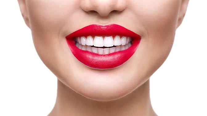 Имплантация зубов посистеме «всё включено» скоронкой всети стоматологий Zubof.ru