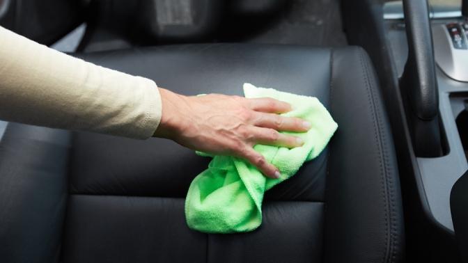 Комплексная химчистка салона, полировка автомобиля либо нанесение покрытия «Жидкое стекло» вавтоцентре Detailing Star