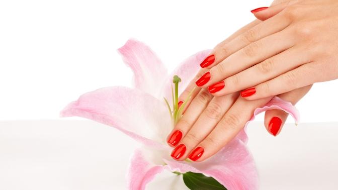 Маникюр, педикюр спокрытием гель-лаком или наращивание ногтей всалоне красоты издоровья Cherry