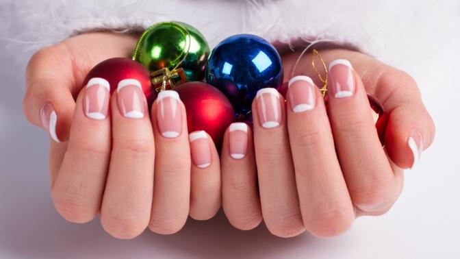 Маникюр ипедикюр спокрытием или без либо наращивание ногтей всалоне Nail-Studio Bliss