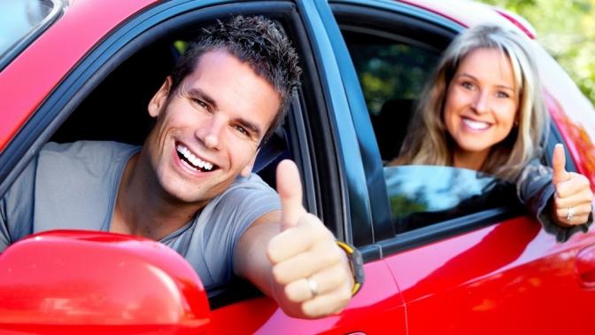 Обучение вождению транспортных средств категорииB наАКПП иМКПП вавтошколе «Светофор»