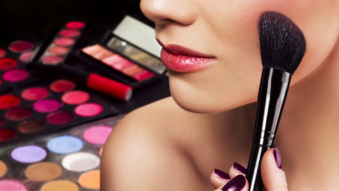 Обучение макияжу, ногтевому сервису, микроблейдингу, оформлению бровей, ламинированию ресниц всалоне Allegri