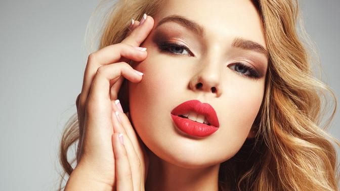 Перманентный макияж бровей, век или губ всалоне красоты Familia