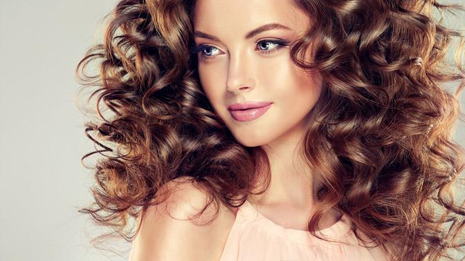Стрижка, окрашивание водин тон или сложное, ламинирование волос, лечение волос либо укладка в«Парикмахерской наБеляево»