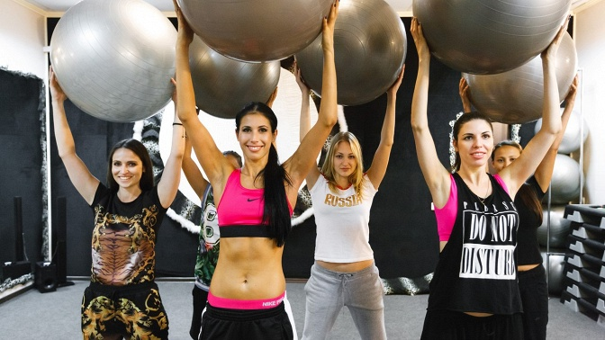 Занятия попрограмме Twerk, Bikini Class или «Растяжка» вфитнес-клубе «Fitness-квартирка»