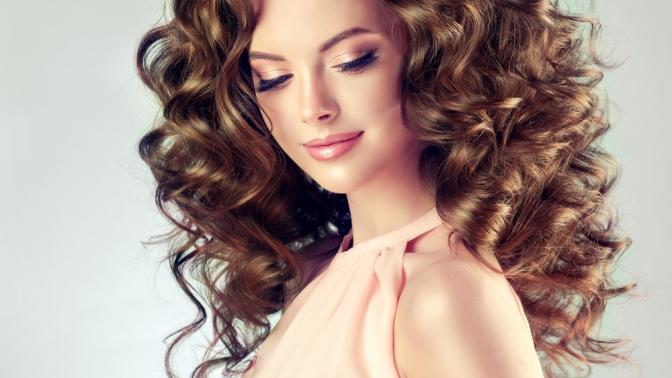 Мужская или женская стрижка, лечение, окрашивание, тонирование, кератиновое выпрямление волос всалоне «Астер», «Дамский каприз», «Вдохновение», «Мона Лиза» или Lucky