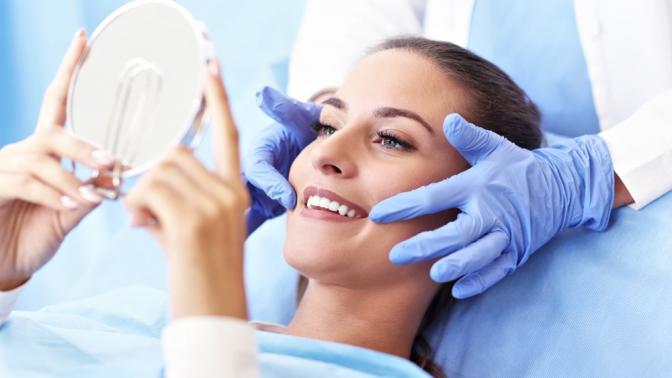 Ультразвуковая чистка зубов ичистка посистеме AirFlow вмедицинском центре «Кристалл-Дент»
