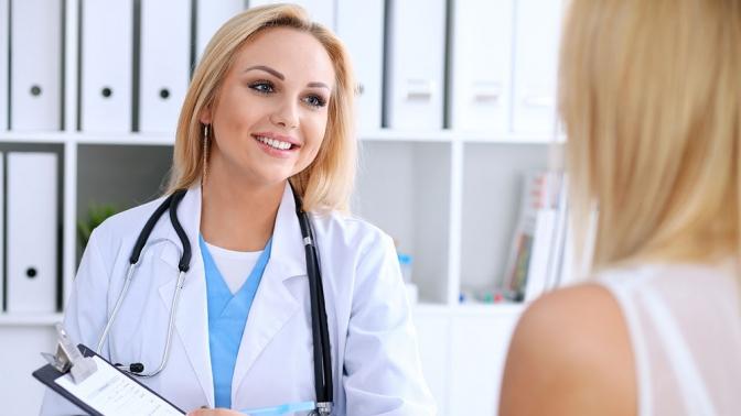 Стандартное или расширенное обследование уврача-отоларинголога либо лечение синусита или тонзиллита вмедицинском центре «ВанКлиник»