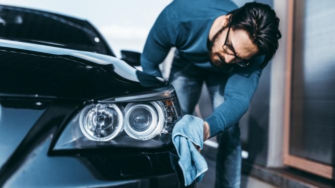 Полная химчистка автомобиля, нанесение защитного керамического покрытия накузов или обработка «жидким стеклом» вдетейлинг-центре Detailing4You