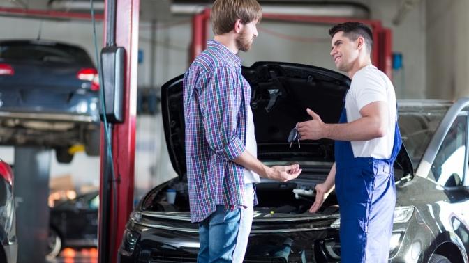 Осмотр ходовой части автомобиля, двигателя, диагностика, чистка изаправка кондиционера, замена масла, свечей или тормозных дисков, компьютерная диагностика автомобиля откомпании ZimAuto