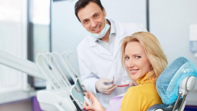 Лечение кариеса сустановкой пломбы, установка скайса или коронок вклинике «Добрая стоматология»
