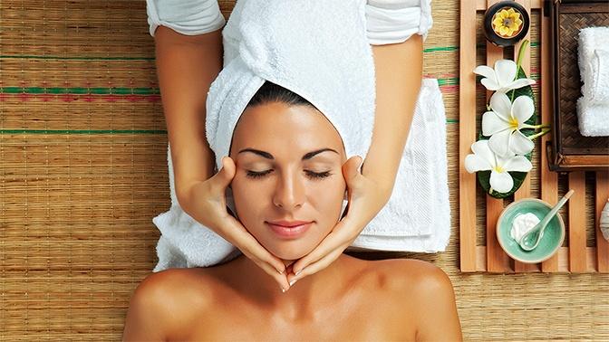1, 3или 5сеансов массажа спины, лица, шейно-воротниковой области либо антицеллюлитного, общего массажа встудии массажа «Клеопатра»