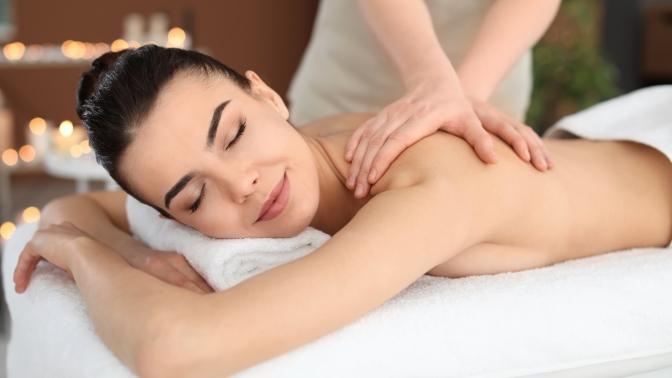 До7сеансов массажа спины, антицеллюлитного, холистического, ударно-динамического, висцеральной, вакуум-градиентной терапии вкабинете массажа Артема Богданова