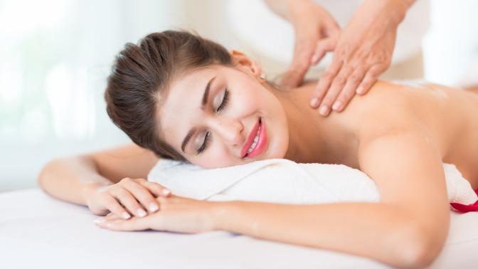 До7сеансов массажа от«Центра женской красоты икосметологии вСПб»