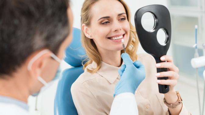 Комплексная гигиена полости рта, отбеливание зубов, лечение кариеса или компьютерная томография челюсти встоматологической клинике Raufberg