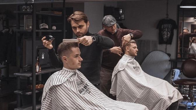 Мужская или детская стрижка, бритье, моделирование либо стрижка бороды иусов вбарбершопе Dandies Moscow
