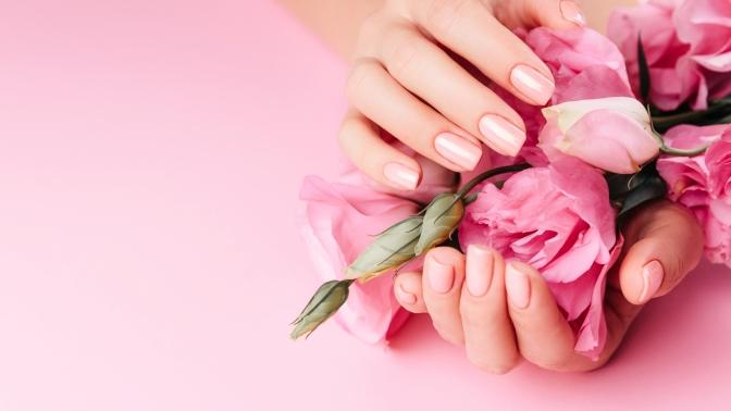 Маникюр ипедикюр или наращивание ногтей отмастера Татьяна Горбуновой всалоне Beauty Room