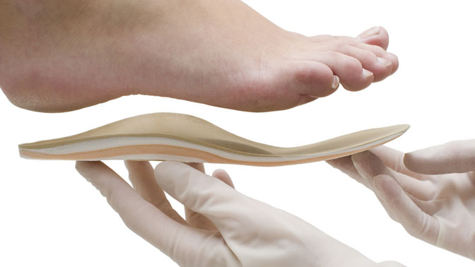 Изготовление индивидуальных ортопедических стелек поотпечатку стоп