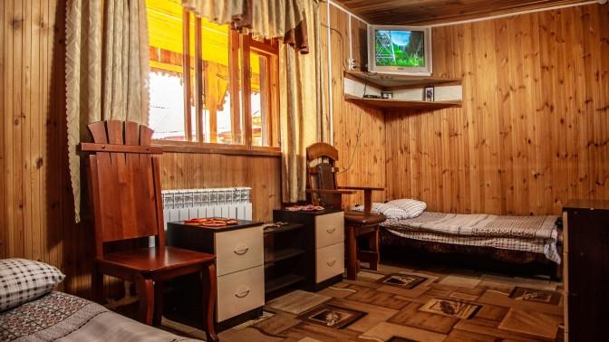 Отдых сзавтраком вблагоустроенном номере, коттедже либо вдоме набазе отдыха «Айская долина»