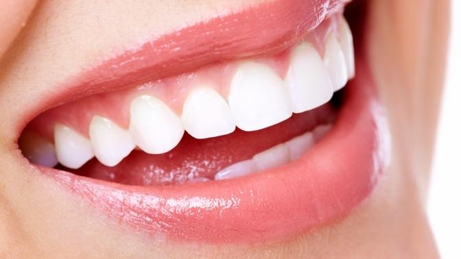 Гигиена полости рта иотбеливание зубов потехнологии Amazing White Professional всемейной стоматологии «АРдента»