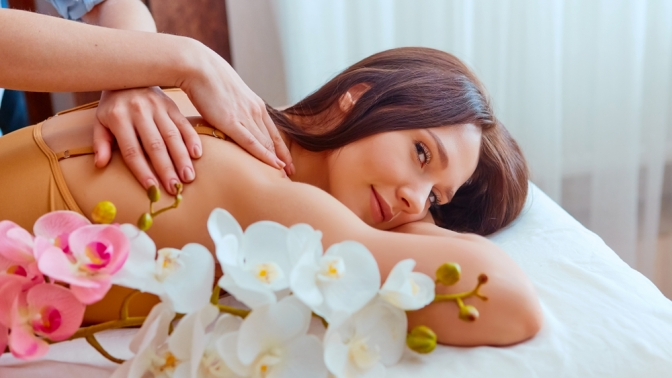 Сеансы массажа, программа «Идеальное тело» всалоне красоты Beauty Revolution