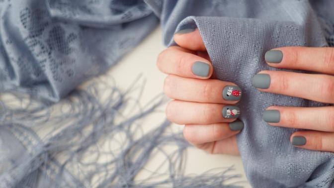 Маникюр ипедикюр сдизайном ногтей ипокрытием лаком или Shellac всалоне «7я»
