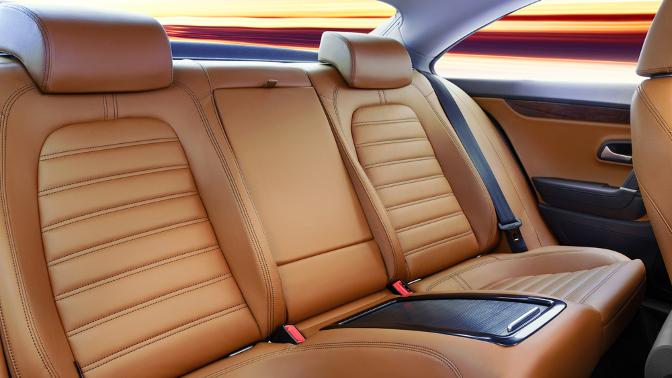 Комплексная химчистка автомобиля созонированием идезинфекцией или без либо нанообработка всех стекол отавтомойки Аutolavaggio