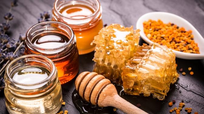 Варенье, мёд спрополисом, урбеч, халва, шоколад или иван-чай