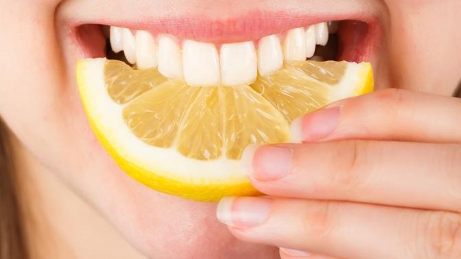 УЗ-чистка, чистка AirFlow иобработка лечебными пастами полости рта отстоматологии «Мега-Дент»