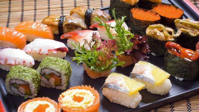 Всё меню инапитки отслужбы доставки Monster Sushi соскидкой50%